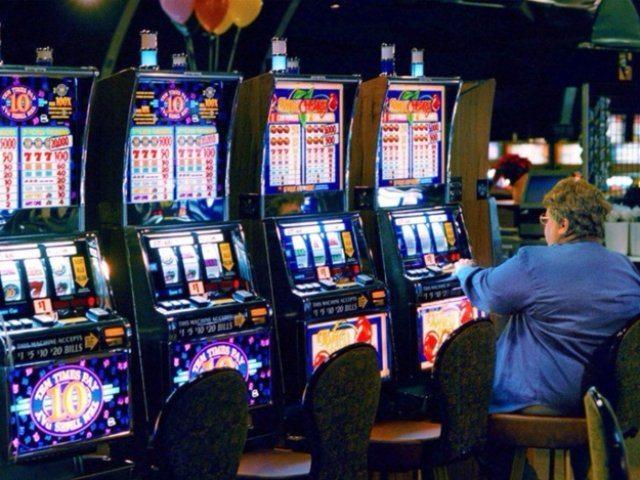 Сыграйте в аппараты на реальные деньги, чтобы вывести выигрыш
