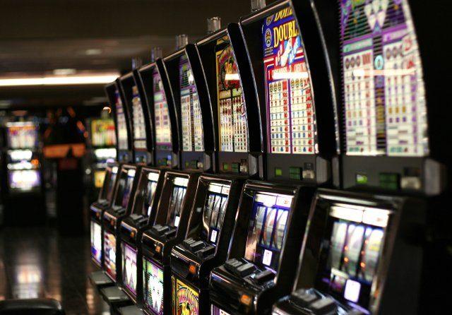 Игры с фактором риска и финансовым вознаграждением