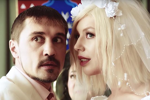 """Кадры из клипа """"Пьяная любовь"""""""