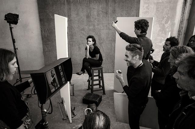 В сети появились первые кадры со съемок календаря Pirelli-2020: Эмма Уотсон, Кристен Стюарт и другие