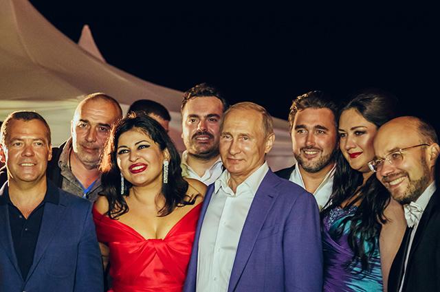 Владимир Путин на фестивале в Херсонесе