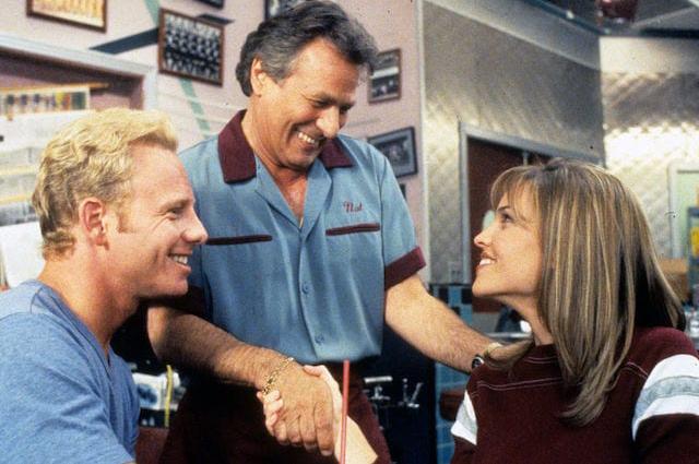 "Кадр из сериала ""Беверли Хиллз 90210"""