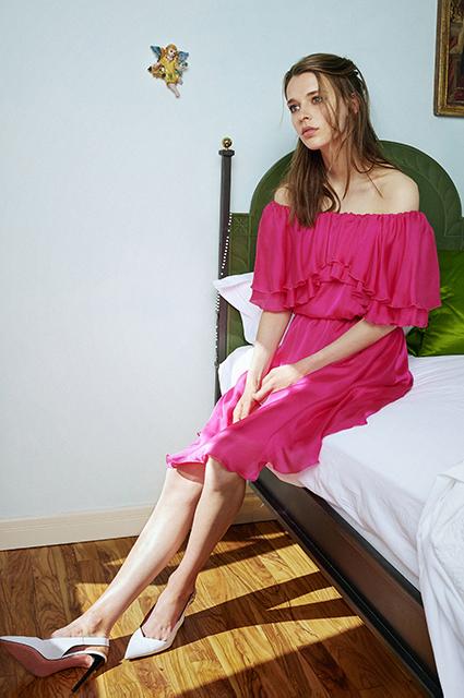 В ожидании нового лета: изучаем лукбуки с платьями и купальниками
