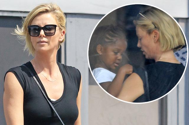 Шарлиз Терон с дочкой в Голливуде: не