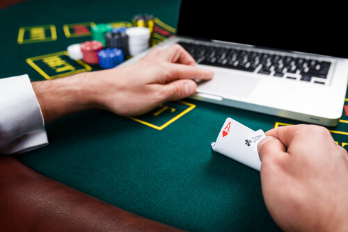 ГМСлотс в онлайн казино Делюкс