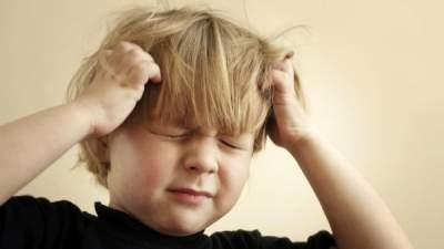 Названы основные причины головной боли у детей