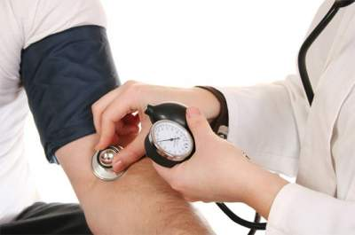 Врачи подсказали, как нормализовать давление без таблеток