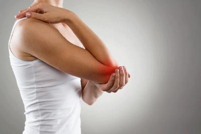 Названо проверенное народное средство от болей в суставах