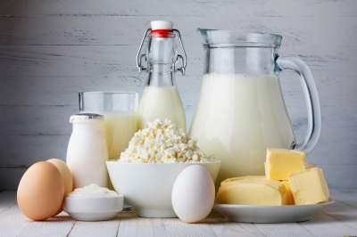 Диетологи предупредили о вреде жирных молочных продуктов