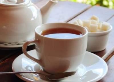 Ученые сделали неожиданный вывод о вреде сладкого чая
