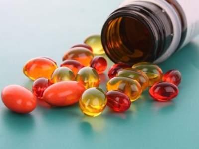 Ученые объяснили, почему нельзя злоупотреблять витаминами