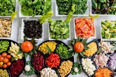 Медики назвали самые полезные диеты для похудения
