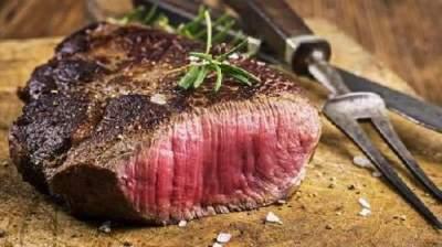 Врачи рассказали, чем опасно для людей красное мясо