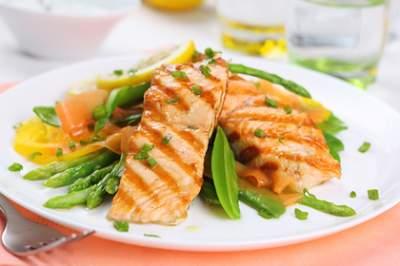 Выявлена новая польза рыбы и овощей