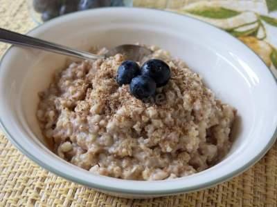 Десять причин есть на завтрак овсянку