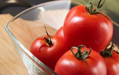 Медики рассказали, кому стоит отказаться от помидоров