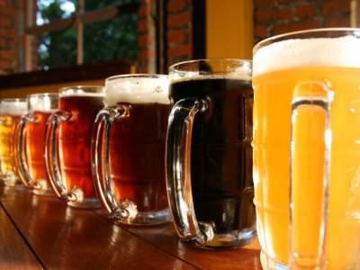 Назван алкогольный напиток, «сжигающий» лишние килограммы