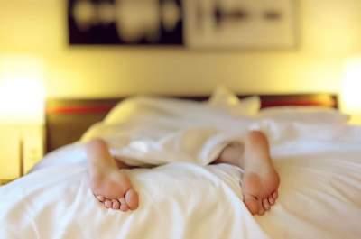 Медики рассказали, как нельзя спать