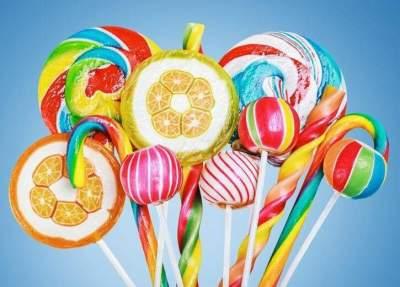 Стоматологи назвали продукты, разрушающие зубную эмаль
