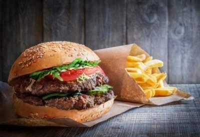 Названы популярные продукты, «убивающие» сердце