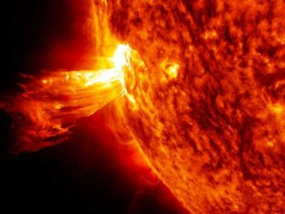 Мощная солнечная буря отразится на здоровье людей