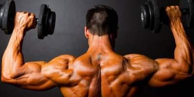 Диетологи рассказали, что нужно есть для роста мышц