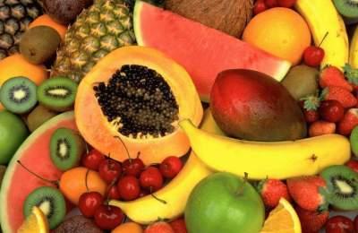 Врачи напомнили о вреде некоторых фруктов и ягод
