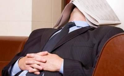 Названы вредные последствия долгого дневного сна