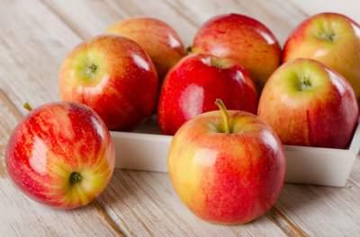 Назван эффективный фрукт для продления молодости