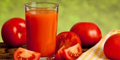 Диетологи назвали полезные свойства томатного сока