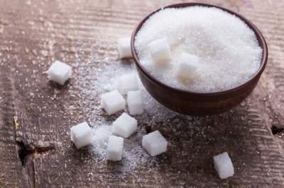 Врачи рассказали о негативном влиянии сахара на печень