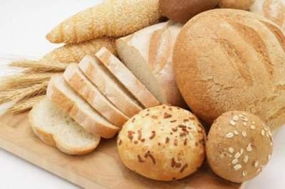 Медики рассказали, с чем нужно есть хлеб