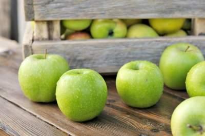 Медики рассказали, как яблоки влияют на здоровье сердца