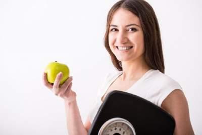 Медики рассказали, почему диеты не идут на пользу
