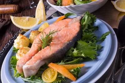 Диетологи назвали продукты, замедляющие похудение