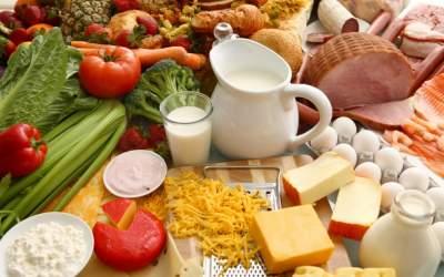 Врачи рассказали, какие продукты могут защитить от рака груди