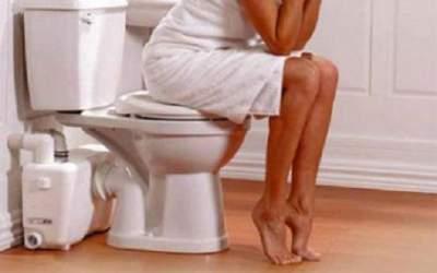 Названа причина частых походов в туалет ночью