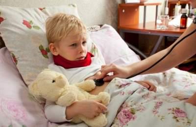 Медики рассказали, как недовести обычную простуду допневмонии