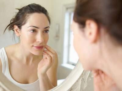 Названы продукты, помогающие сохранить красоту кожи