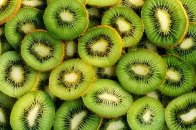 Медики назвали фрукт, который поможет справиться с бессонницей