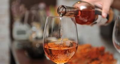 Медики рассказали, как алкогольные напитки могут повлиять на зрение