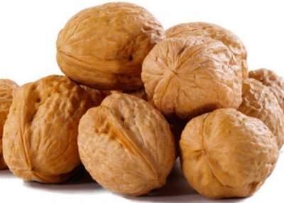 Врачи рассказали, зачем нужно есть грецкие орехи