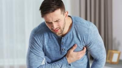 Медик напомнил о риске инфарктов и инсультов в новогоднюю ночь