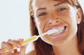 Стоматологи назвали 9 факторов риска потери зубов