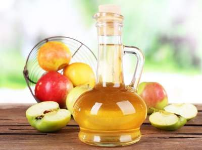Яблочный уксус признали жиросжигающим средством