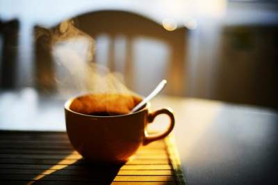 Ходьба по лестнице заменяет утренний кофе, — ученые