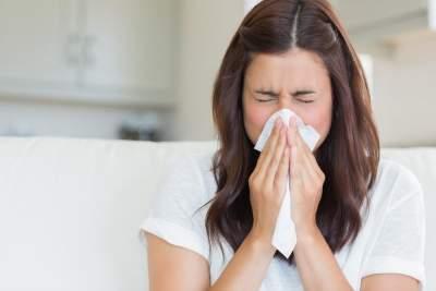 Названы домашние способы лечения насморка