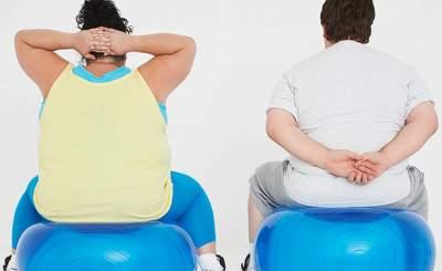 Назван возраст людей наиболее склонных к ожирению