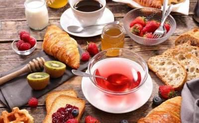 Диетологи назвали продукты, не подходящие для завтрака