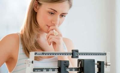 Диетологи поделились советами по правильному контролю веса